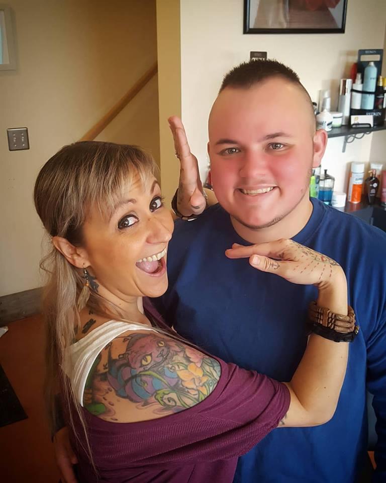 rey ver strat mens haircut tattoo parlor traverse city northern michigan beauty hair nail salon 2